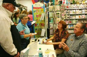 Author-Wanda-Brunstetter-Book-Signing-Walnut-Creek-Ohio-Amish-Flea-Market